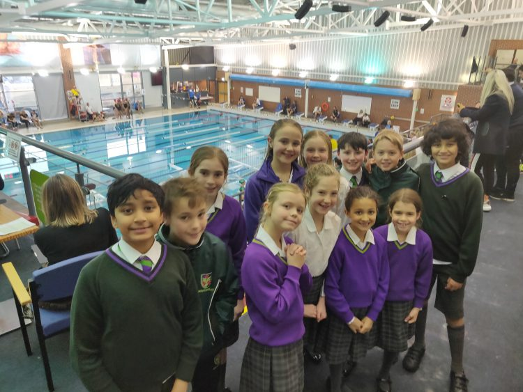 Year 6 students took part in the AJIS Swim Gala and performed well in a highly competitive arena with 3 swimmers reaching the finals!